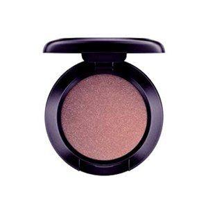 Mac Cosmetics: Woodwinked Eyeshadow